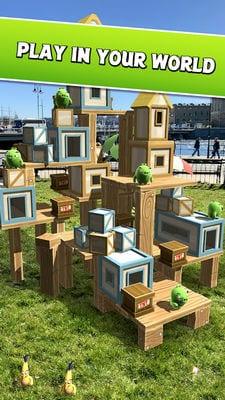Angry Birds AR Isle of Pigs1